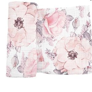 Brand new- swaddle, crib sheet, change pad cover